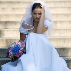 Свадебные страхи: верить ли приметам?
